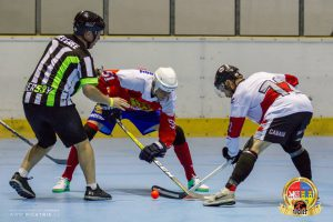 image of mens ball hockey